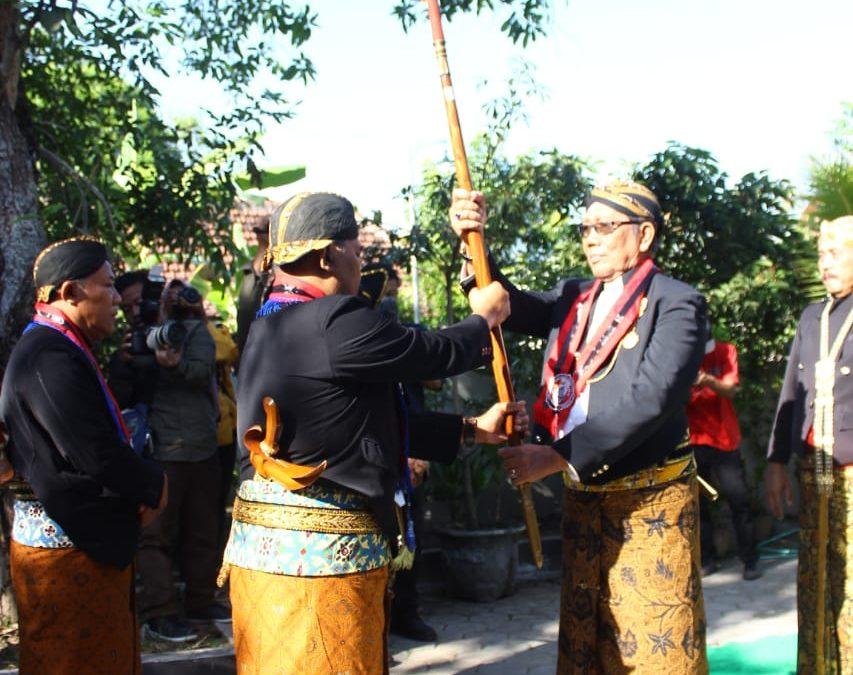 Lestarikan Tradisi Ngawi Melalui Upacara Adat Keduk Beji